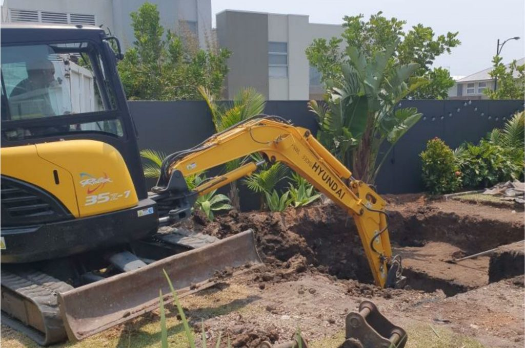digging a new pool in Wollongong